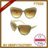 F7699 Fashional Designed Plastic Sunglasses for Lady