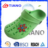 Wholesale Cheap Fashion Woman Clogs with Flower (TNK40066)