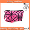 2017 Hot Selling Geometrical Diamond Lattice High-Capacity Cosmetic Bag (BDY-1706006)