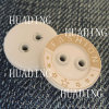 2- Hole Fashion Beautiful Sewing Button of Garment (HD1141-15)