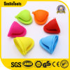 Home Kitchen New Design Silicone Heat Resistant Cooking Baking Oven Mitts
