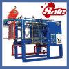 Kunststoffschaum Containers, der Maschine