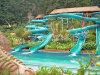 野生の急流水スライド公園のスライド