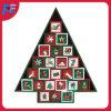 크리스마스 나무 디자인을%s 가진 출현 달력과 크리스마스 선물과 훈장을%s 24의 서랍