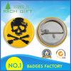 Emblema plástico personalizado original com um teste padrão de esqueleto para a venda por atacado