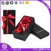 Os chineses de empacotamento de Rosa removem a caixa da flor da caixa