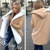 Las mujeres del invierno de la alta calidad calientan el abrigo de pieles