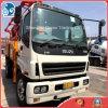 De Vrachtwagen van de Concrete Pomp van Putzmeister met de Vrachtwagen van Chassis Isuzu