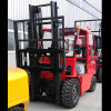 4.0t Red Color Powered Pallet Diesel Forklift