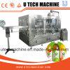 Автоматический любимчик разливает производственную линию по бутылкам сока