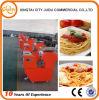 Máquina comercial de los tallarines de la harina de patata