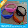 Wristbands coloridos do silicone da microplaqueta RFID de Lf/Hf/UHF para a natação