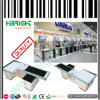 Supermarkt-Zahlschalter-Bargeld legt Prüfungs-Tische ver