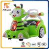 Abeille avec les véhicules électriques des enfants éloignés