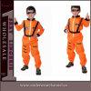 El niño de los muchachos de Víspera de Todos los Santos del astronauta del partido de Santa embroma los trajes de los niños (TCQ0043A)