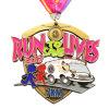 高品質の安くめっきされた旧式な金のエナメルカラーマンガのキャラクタの金属のスポーツメダル