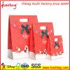 Weihnachtsgeschenk-Beutel mit gestempelschnittenem Griff