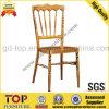 Goldener Aluminiumsitznapoleon-Stuhl