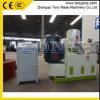 (a) Pastilla de combustible de la biomasa de la prensa de la pelotilla de la paja que hace la máquina