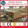 PVC-Aufbau-Kruste-Schaum-Vorstand-Extruder-Maschine