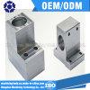 精密CNCのフライス盤の部品か機械で造られた部品