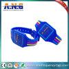 Braccialetto astuto del silicone RFID del Wristband di accesso senza contatto RFID di obbligazione