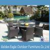 Комплект таблицы сада золотистого орла мебели ротанга тавра напольный