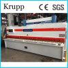 De hydraulische CNC van de Guillotine Machine Om metaal te snijden van het Blad