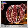 De Aangestoken Bal van de Decoratie van de LEIDENE Tuin van het Motief Kerstmis