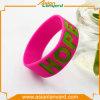 Ultimo Wristband del silicone di disegno con differenti colori