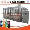 Agua carbónica de las bebidas que procesa la máquina de rellenar