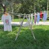Kleid-Zahnstangen-Wäscherei-Zahnstange kleidet Zahnstange