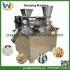 機械を作る商業Samosaのゆで団子の春巻のワンタン