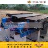 Agitando o separador da tabela para a separação do minério do estanho
