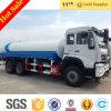 Mão esquerda que conduz o caminhão de tanque da água de Sinotruk HOWO 6X4