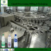 O PLC controla a água pura do frasco automático cheio do animal de estimação produzindo a linha