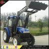 Tractor de granja con el cargador y la retroexcavadora de las partes frontales