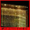 Luz feericamente da cortina do diodo emissor de luz do Natal ao ar livre da decoração
