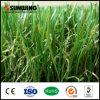 Alfombra artificial de la hierba del PE barato chino para ajardinar casero