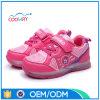 直接普及した子供LEDの軽い靴を販売する工場