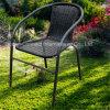藤の椅子の屋外の庭の枝編み細工品の家具のスタック