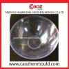 Используемая пластичная прессформа тарелки фрукт и овощ в штоке