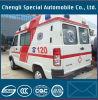 Erste Behandlung des Noterste ERSTE HILFE Auxilium Krankenwagens