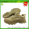 靴をハイキングしている安いカスタマイズされた方法快適な耐久の人