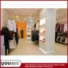 De Inrichtingen van de Vertoning van het kledingstuk voor KleinhandelsMensen die Opslag kleden