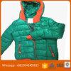 Vêtements utilisés par couche d'usure de l'hiver d'enfants d'occasion dans des balles à vendre