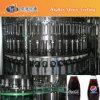 La botella de cristal carbonatada bebe la maquinaria de relleno