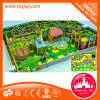 Labyrinthe de gosse de matériel de cour de jeu de thème de forêt