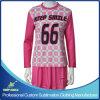 Il Lacrosse della ragazza su ordine di sublimazione mette in mostra l'abito