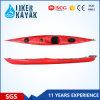 La longue vitesse de tourisme d'océan se reposent en matière plastique durable de kayak